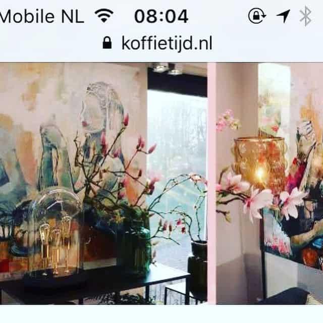 Schilderijen van karlien bij koffietijd en de vijf uur show for Schilder inhuren per uur